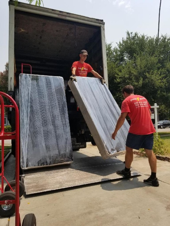 What a Los Angeles Moving Company Can do for You