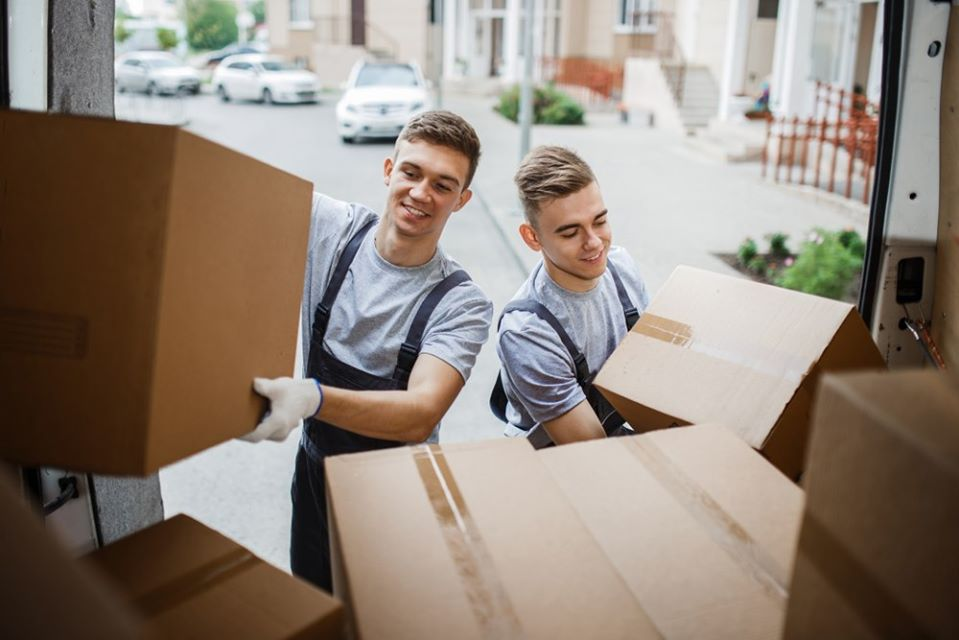 commercial movers in Los Angeles